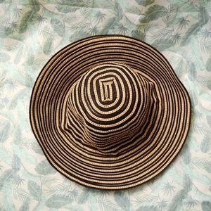 Accessories - 🌺 Striped Summer Sun Hat 🌺